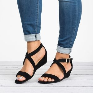 Black Criss Cross Wedges Sandals